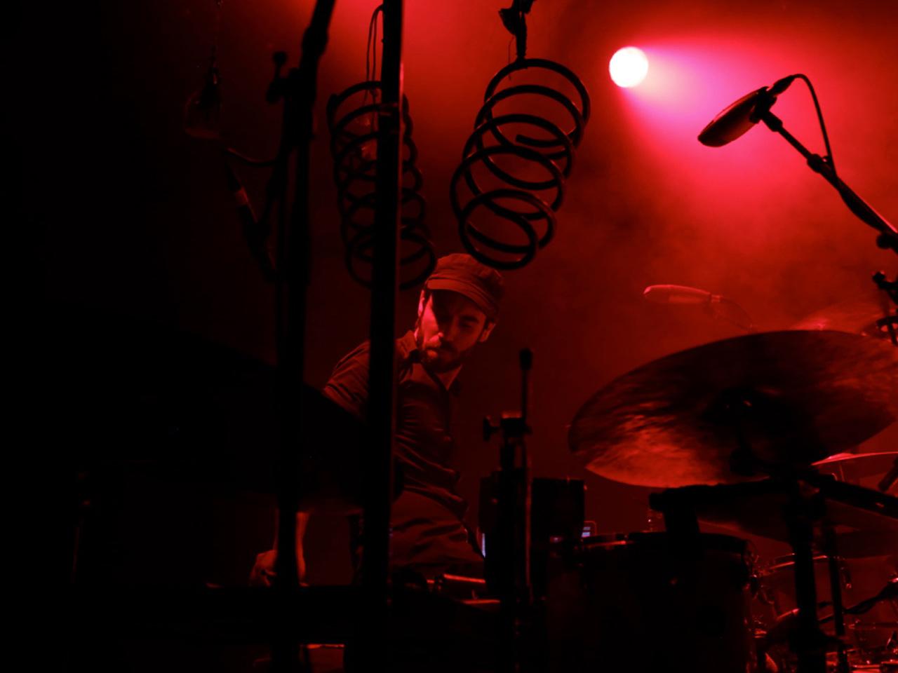 Alexandre Babel - © 2015 Pablo Fernandez La Chaux-de-Fonds, le 9 mai 2015. Bikini Test, Pierre Jodlowski et Alexandre Babel en concert à Bikini Test.